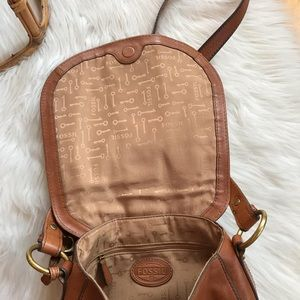 Fossil Bags - Fossil leather crossbody bag LIKE NEW